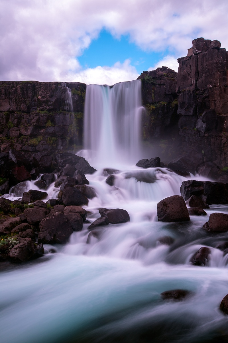 fall-iceland-vertical-size1500